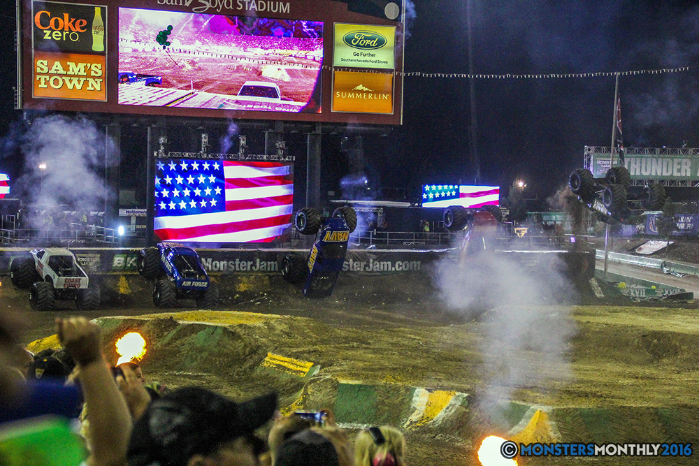 252-monster-jam-world-finals-17-march-2016-sam-boyd-stadium-las-vegas-monster-truck-racing-freestyle-gravedigger-maxd-monster-mutt-titan.jpg