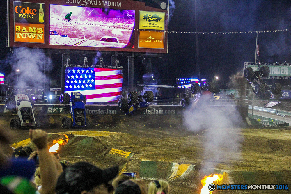 253-monster-jam-world-finals-17-march-2016-sam-boyd-stadium-las-vegas-monster-truck-racing-freestyle-gravedigger-maxd-monster-mutt-titan.jpg