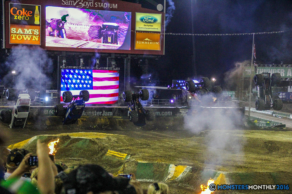255-monster-jam-world-finals-17-march-2016-sam-boyd-stadium-las-vegas-monster-truck-racing-freestyle-gravedigger-maxd-monster-mutt-titan.jpg