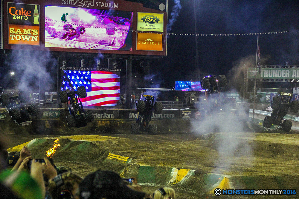 257-monster-jam-world-finals-17-march-2016-sam-boyd-stadium-las-vegas-monster-truck-racing-freestyle-gravedigger-maxd-monster-mutt-titan.jpg