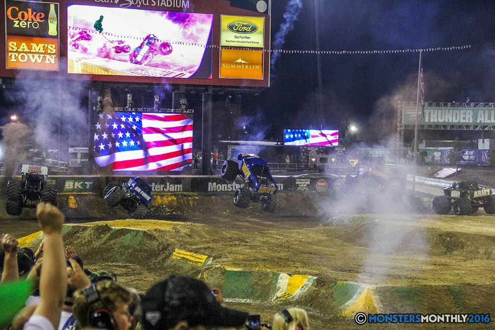 260-monster-jam-world-finals-17-march-2016-sam-boyd-stadium-las-vegas-monster-truck-racing-freestyle-gravedigger-maxd-monster-mutt-titan.jpg