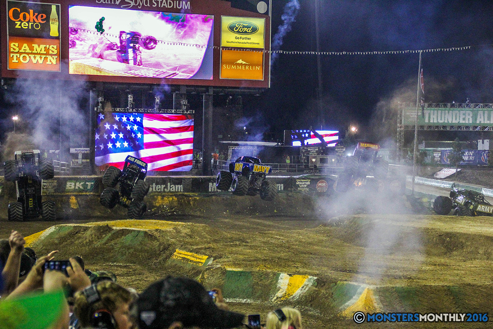 259-monster-jam-world-finals-17-march-2016-sam-boyd-stadium-las-vegas-monster-truck-racing-freestyle-gravedigger-maxd-monster-mutt-titan.jpg