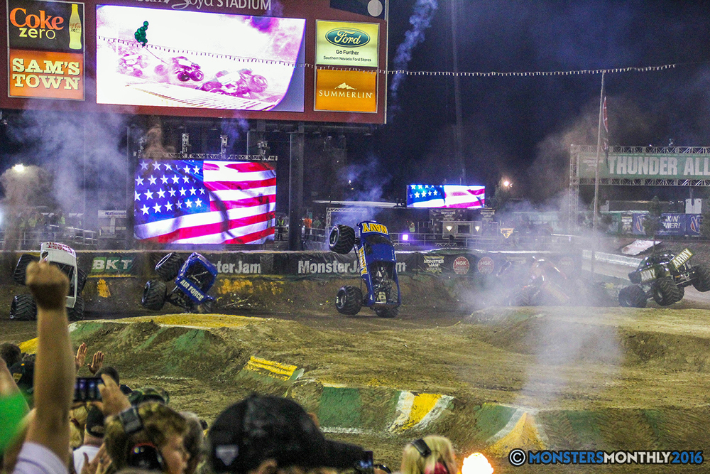 261-monster-jam-world-finals-17-march-2016-sam-boyd-stadium-las-vegas-monster-truck-racing-freestyle-gravedigger-maxd-monster-mutt-titan.jpg