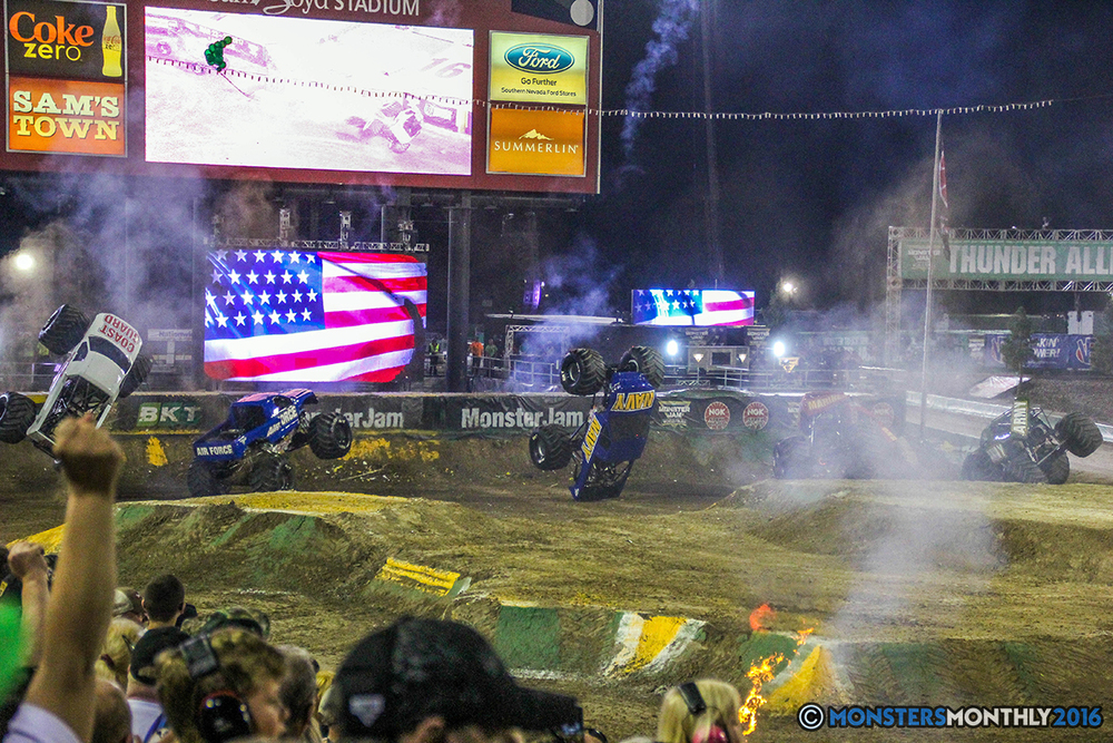 264-monster-jam-world-finals-17-march-2016-sam-boyd-stadium-las-vegas-monster-truck-racing-freestyle-gravedigger-maxd-monster-mutt-titan.jpg