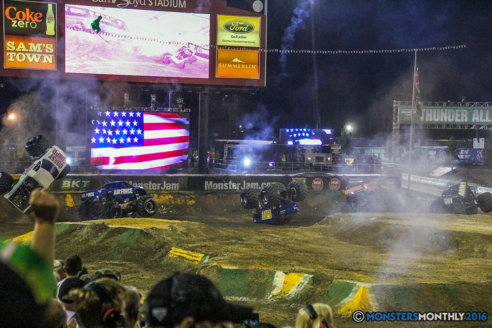 266-monster-jam-world-finals-17-march-2016-sam-boyd-stadium-las-vegas-monster-truck-racing-freestyle-gravedigger-maxd-monster-mutt-titan.jpg