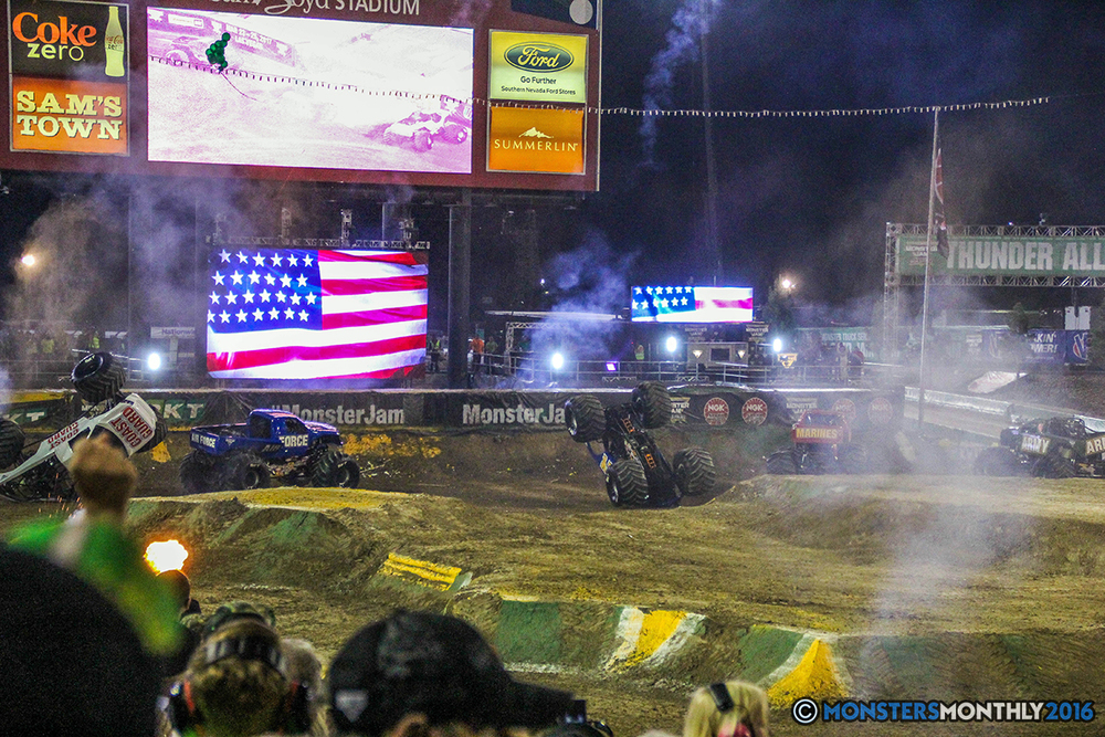 268-monster-jam-world-finals-17-march-2016-sam-boyd-stadium-las-vegas-monster-truck-racing-freestyle-gravedigger-maxd-monster-mutt-titan.jpg
