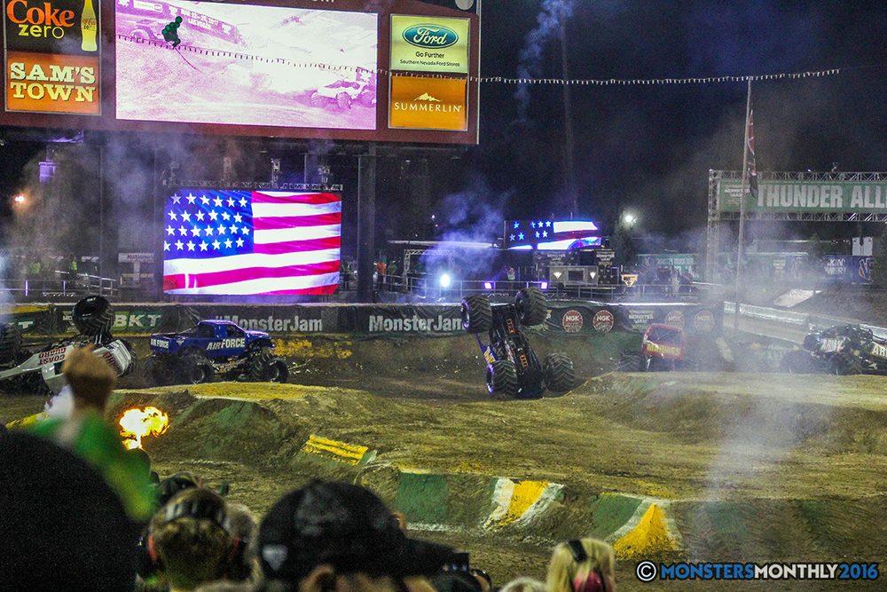269-monster-jam-world-finals-17-march-2016-sam-boyd-stadium-las-vegas-monster-truck-racing-freestyle-gravedigger-maxd-monster-mutt-titan.jpg