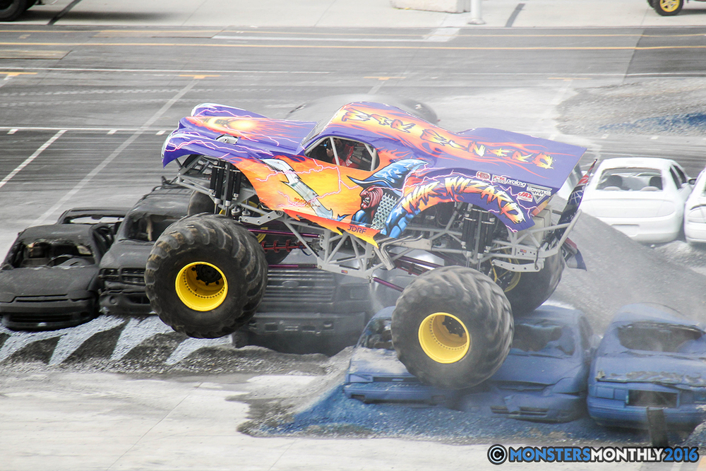 15-monsters-monthly-thompson-metal-monster-truck-madness-2016-bristol-motor-speedway-bigfoot-heavy-hitter-hooked-stone-crusher-quad-chaos-dawg-pound-dirt-crew.jpg