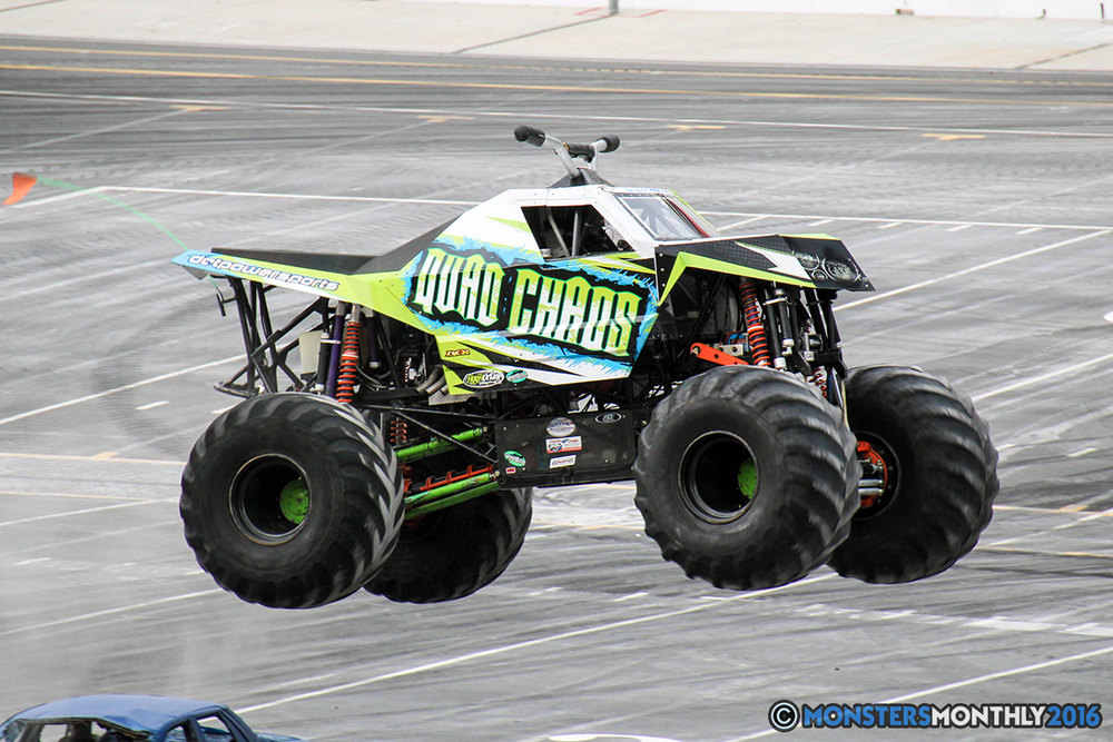 18-monsters-monthly-thompson-metal-monster-truck-madness-2016-bristol-motor-speedway-bigfoot-heavy-hitter-hooked-stone-crusher-quad-chaos-dawg-pound-dirt-crew.jpg