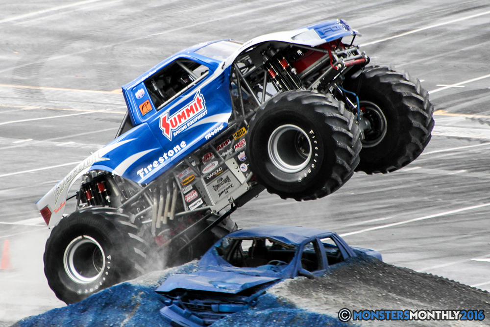 23-monsters-monthly-thompson-metal-monster-truck-madness-2016-bristol-motor-speedway-bigfoot-heavy-hitter-hooked-stone-crusher-quad-chaos-dawg-pound-dirt-crew.jpg