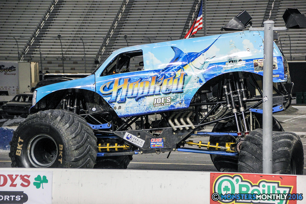 55-monsters-monthly-thompson-metal-monster-truck-madness-2016-bristol-motor-speedway-bigfoot-heavy-hitter-hooked-stone-crusher-quad-chaos-dawg-pound-dirt-crew.jpg
