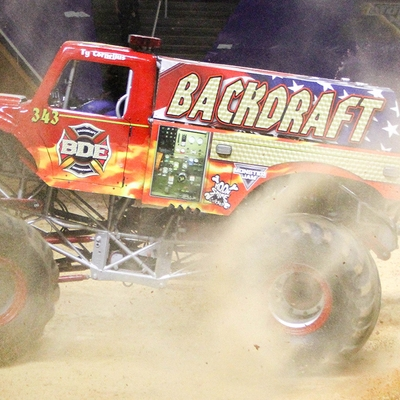 65-monsters-monthly-monster-jam-thompson-boling-arena-2016-grave-digger-carolina-crusher-prowler-predator-saigon-shaker-backdraft-instagator-bad-news+copy.jpg