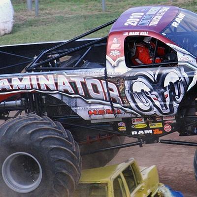 23-monstersmonthly-2010-charlotte-dirt-track-monster-truck-back-to-school-bash.jpg