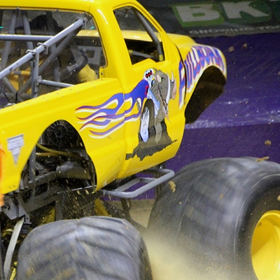 12-monsters-monthly-com-monster-jam-2015-thompson-bolin-arena-knoxville-tennessee-monster-truck.jpg