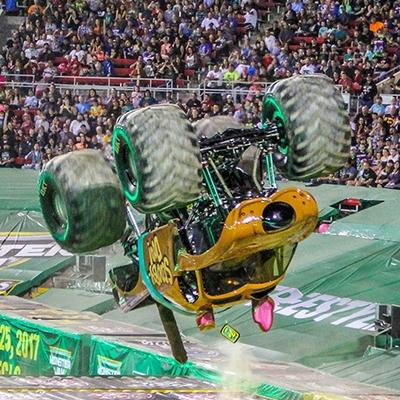 23-monster-jam-world-finals-17-march-2016-sam-boyd-stadium-las-vegas-monster-truck-racing-freestyle-gravedigger-maxd-monster-mutt-titan.jpg