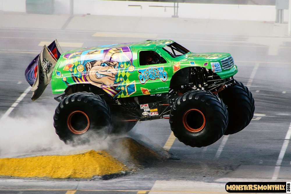 monsters-monthly-beef-o-bradys-monster-truck-madness-bristol-motor-speedway-2018 (7).jpg