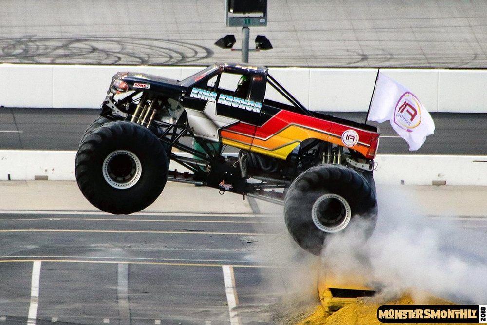 monsters-monthly-beef-o-bradys-monster-truck-madness-bristol-motor-speedway-2018 (16).jpg
