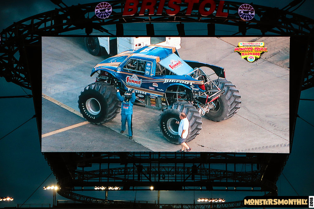 monsters-monthly-beef-o-bradys-monster-truck-madness-bristol-motor-speedway-2018 (38).jpg