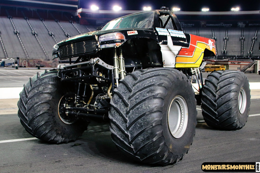monsters-monthly-beef-o-bradys-monster-truck-madness-bristol-motor-speedway-2018 (39).jpg