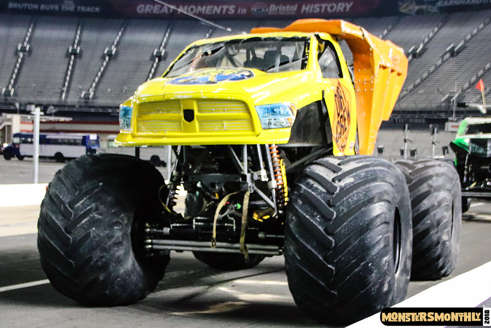 monsters-monthly-beef-o-bradys-monster-truck-madness-bristol-motor-speedway-2018 (40).jpg