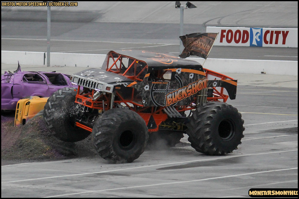 44-metropcs-monster-truck-mash-bristol-motor-speedway-2018-monsters-monthly.jpg
