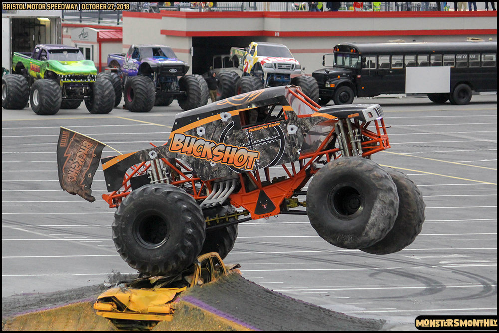58-metropcs-monster-truck-mash-bristol-motor-speedway-2018-monsters-monthly.jpg