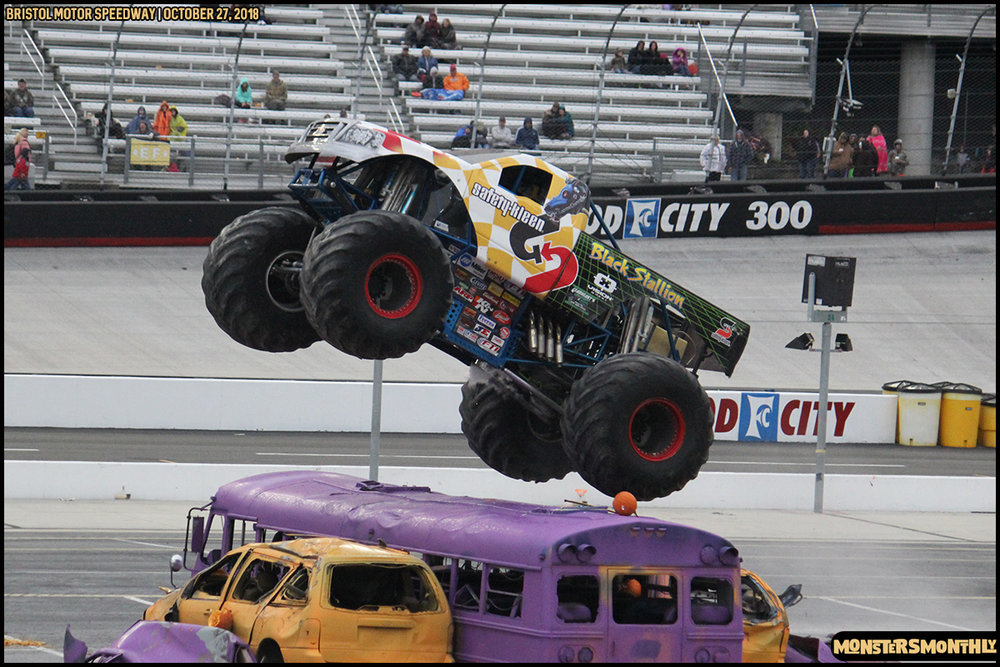 75-metropcs-monster-truck-mash-bristol-motor-speedway-2018-monsters-monthly.jpg