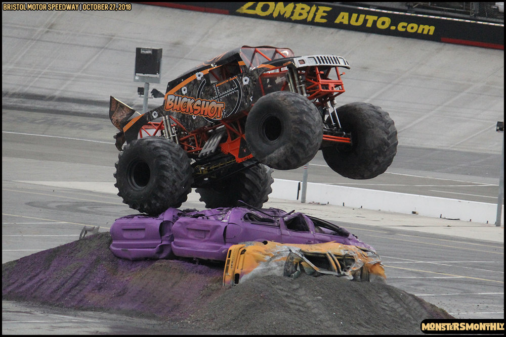 77-metropcs-monster-truck-mash-bristol-motor-speedway-2018-monsters-monthly.jpg