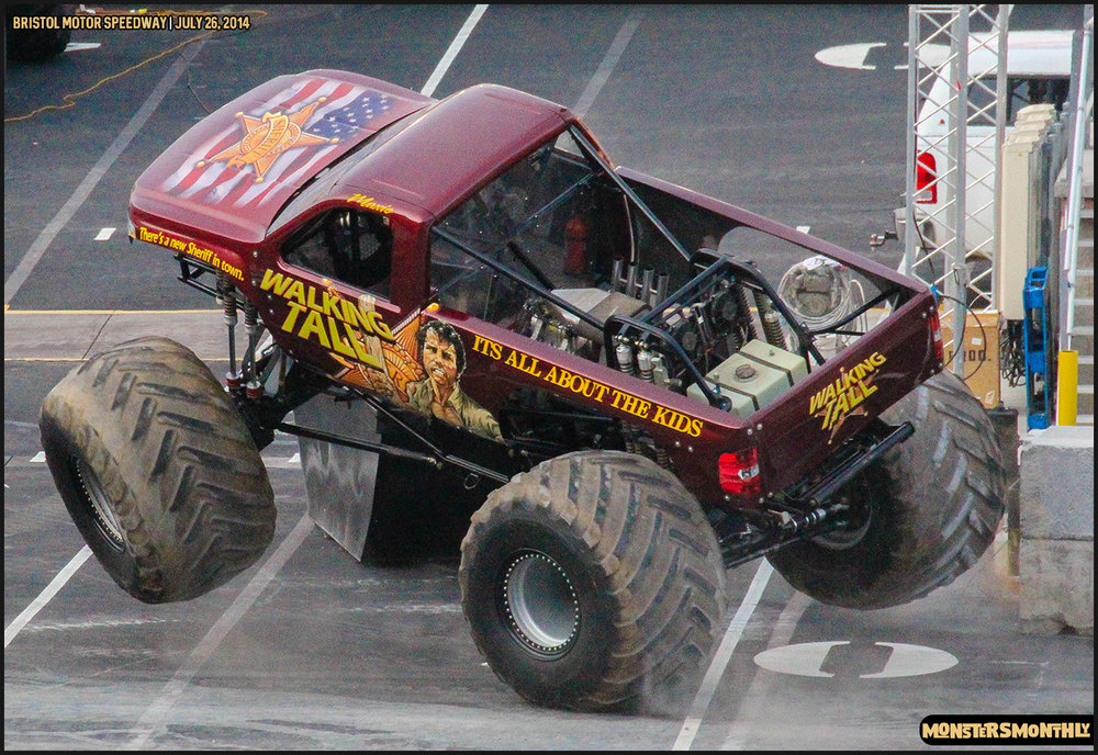 07-thompson-metal-monster-truck-madness-bristol-motor-speedway-july-26-2014-bigfoot-stone-crusher-monsters-monthly.jpg