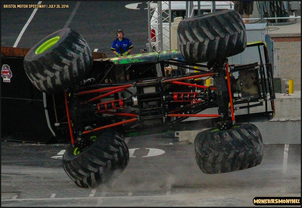 10-thompson-metal-monster-truck-madness-bristol-motor-speedway-july-26-2014-bigfoot-stone-crusher-monsters-monthly.jpg