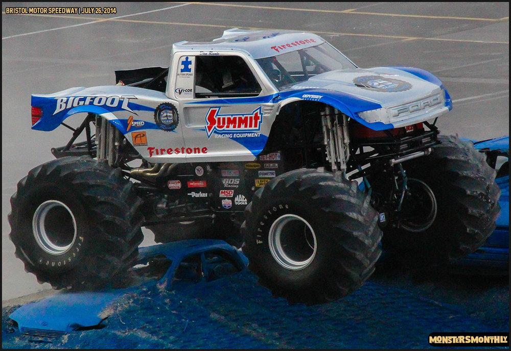 15-thompson-metal-monster-truck-madness-bristol-motor-speedway-july-26-2014-bigfoot-stone-crusher-monsters-monthly.jpg