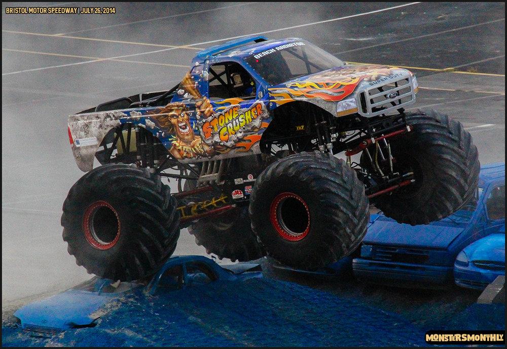 19-thompson-metal-monster-truck-madness-bristol-motor-speedway-july-26-2014-bigfoot-stone-crusher-monsters-monthly.jpg