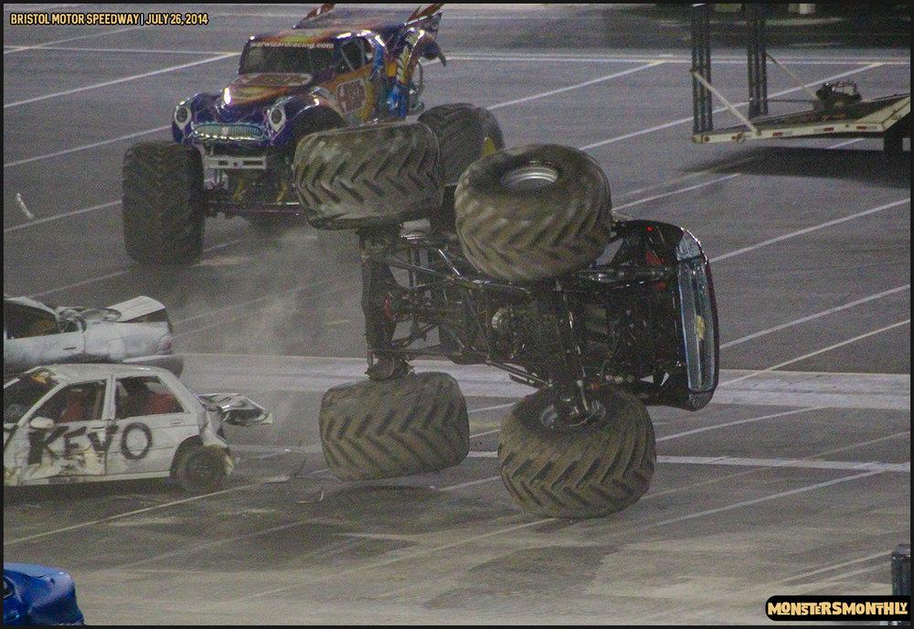 25-thompson-metal-monster-truck-madness-bristol-motor-speedway-july-26-2014-bigfoot-stone-crusher-monsters-monthly.jpg