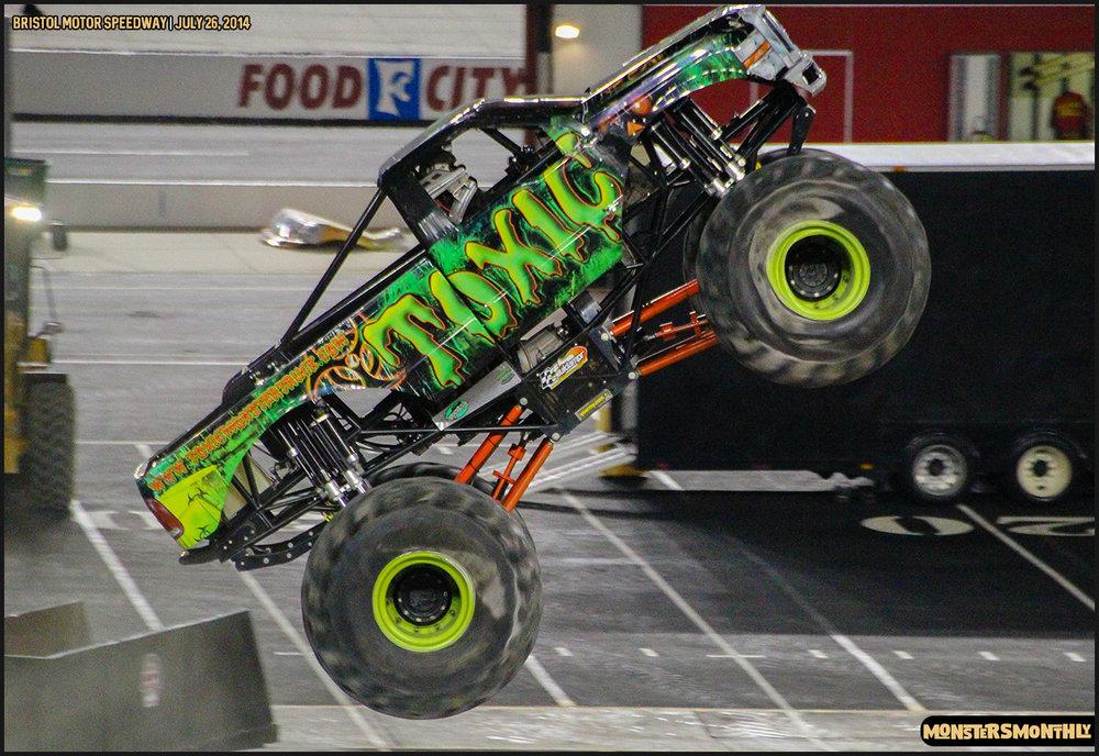 34-thompson-metal-monster-truck-madness-bristol-motor-speedway-july-26-2014-bigfoot-stone-crusher-monsters-monthly.jpg
