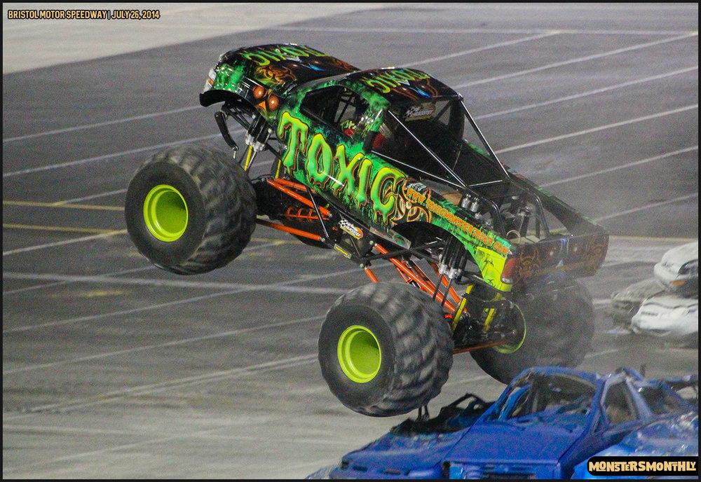 36-thompson-metal-monster-truck-madness-bristol-motor-speedway-july-26-2014-bigfoot-stone-crusher-monsters-monthly.jpg
