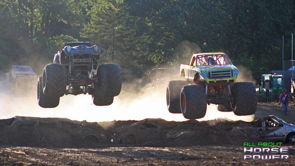 07-all-about-horsepower-photography-quincy-illinois-raceways-hardcore-monster-truck-challenge.jpg
