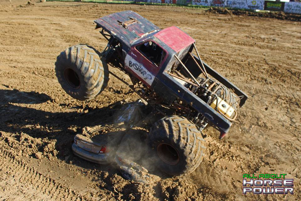 08-all-about-horsepower-photography-quincy-illinois-raceways-hardcore-monster-truck-challenge.jpg