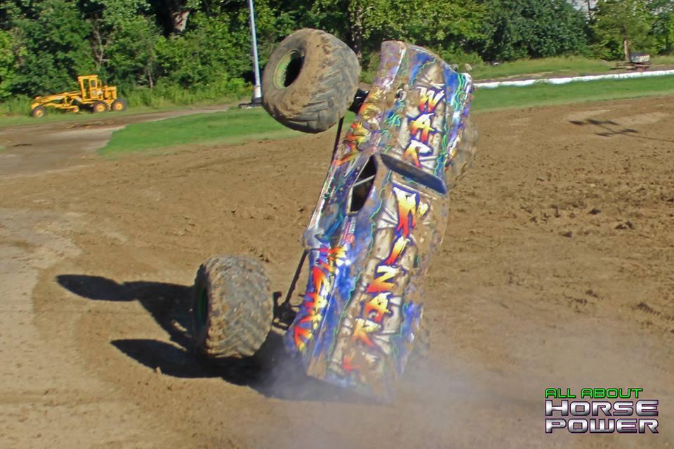 19-all-about-horsepower-photography-quincy-illinois-raceways-hardcore-monster-truck-challenge.jpg