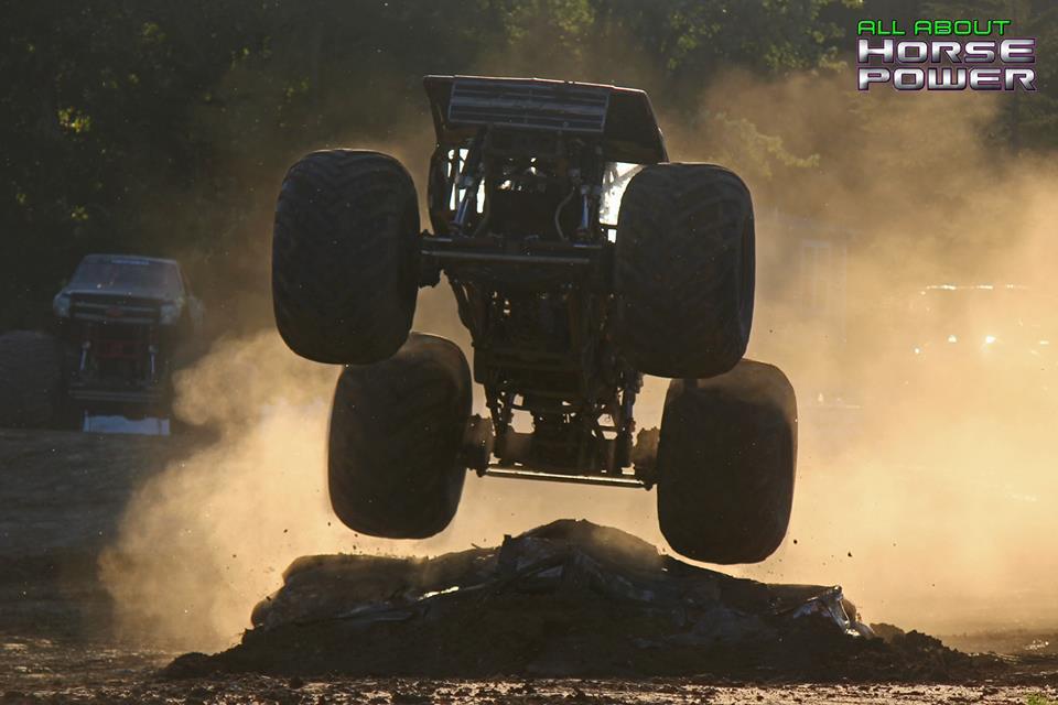 26-all-about-horsepower-photography-quincy-illinois-raceways-hardcore-monster-truck-challenge.jpg