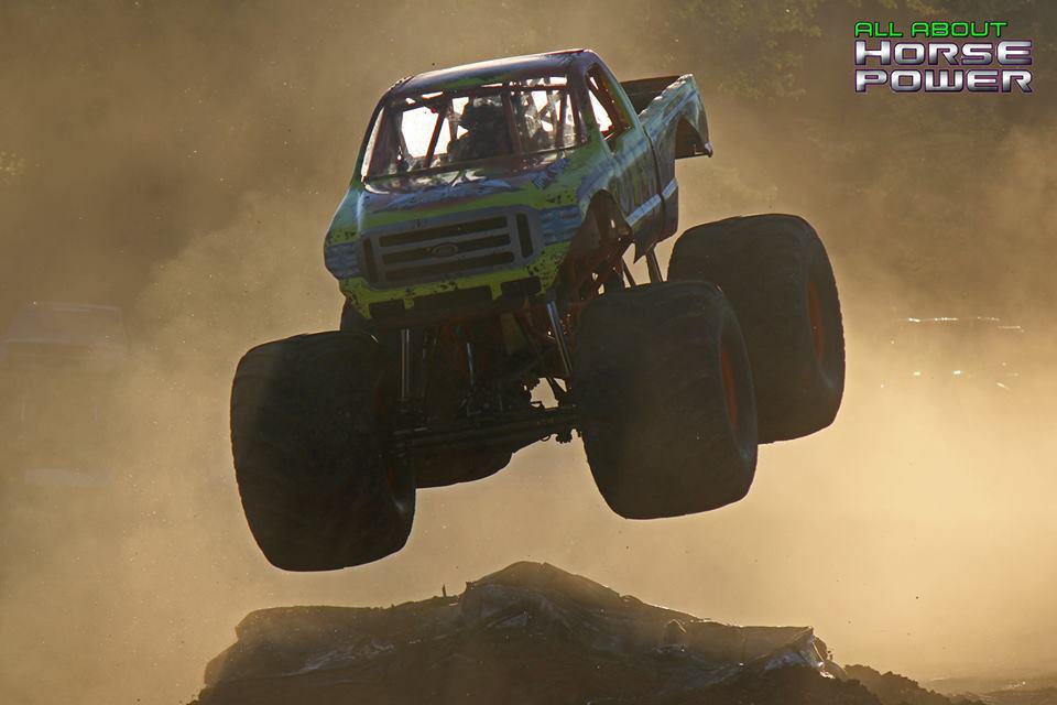 32-all-about-horsepower-photography-quincy-illinois-raceways-hardcore-monster-truck-challenge.jpg