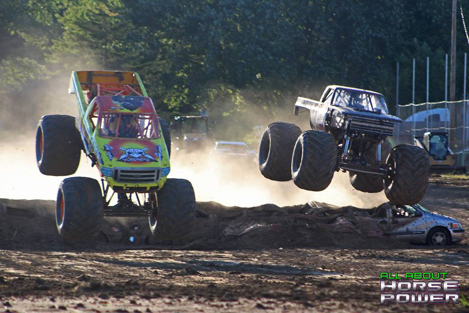 52-all-about-horsepower-photography-quincy-illinois-raceways-hardcore-monster-truck-challenge.jpg