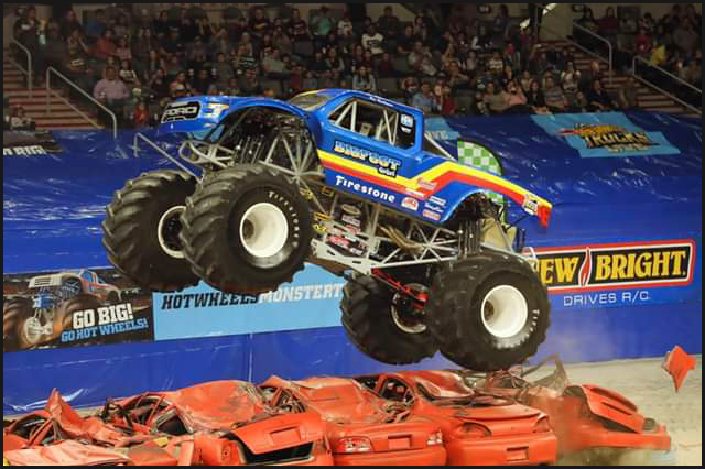 Darron Schnell made the home-state crowd smile with a few wheelie contest wins, and the opening Titan Cup triumph.