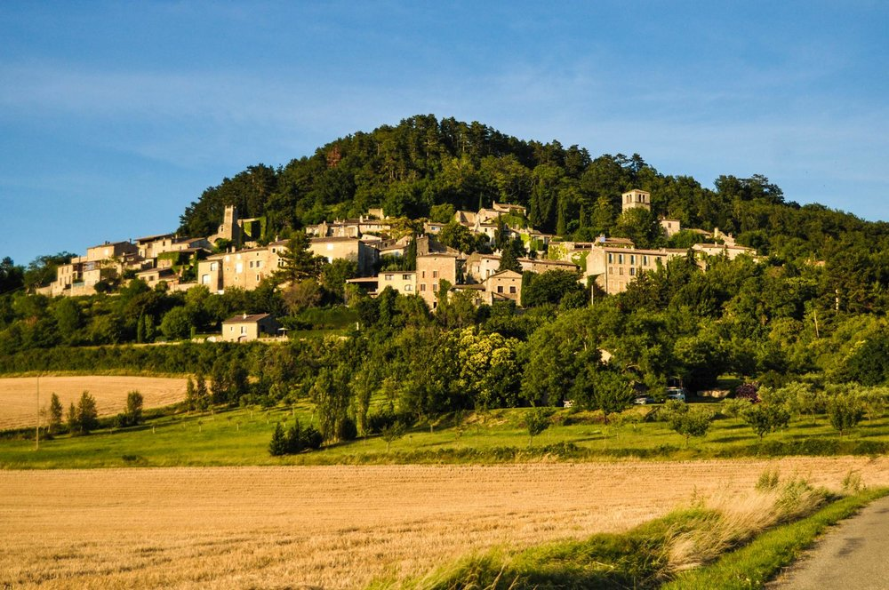K1600_Blick von Tal auf Chateauneuf_ FIEF-.JPG