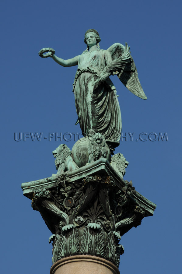 Statue of an angel, deep blue clear sky, close up Stock Image
