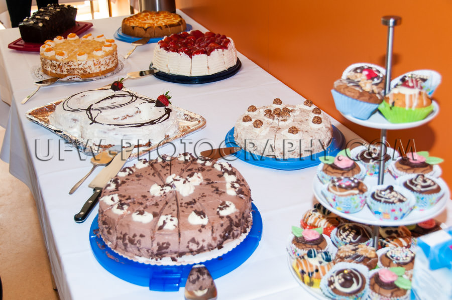 Cake buffet chocolate fruit strawberry muffins wedding Stock Ima