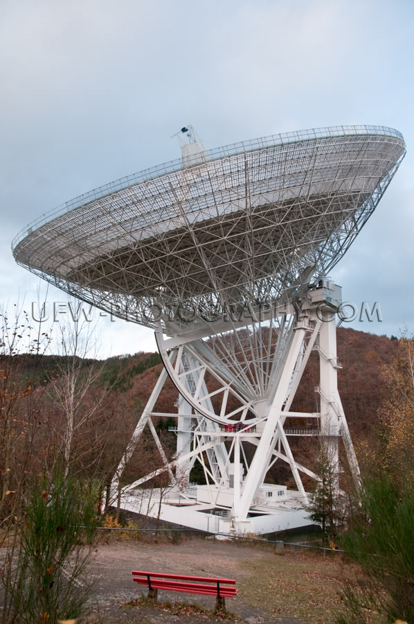 Full size view of a radio telescope, hilly fall landscape - Stoc