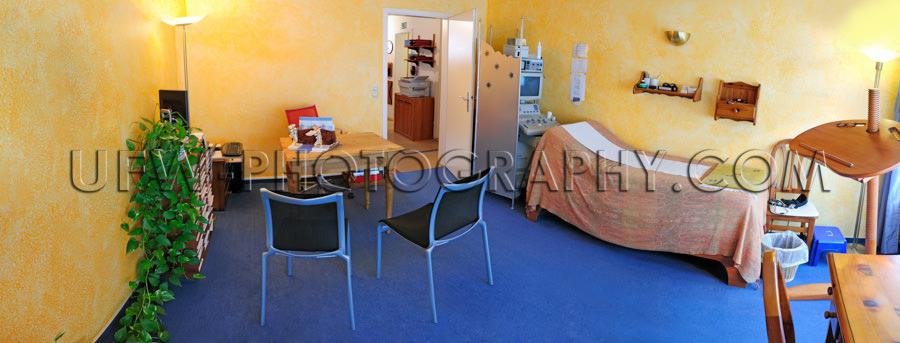 Arztpraxis Sprechzimmer Untersuchung Liege Gelb Blau Stock Foto