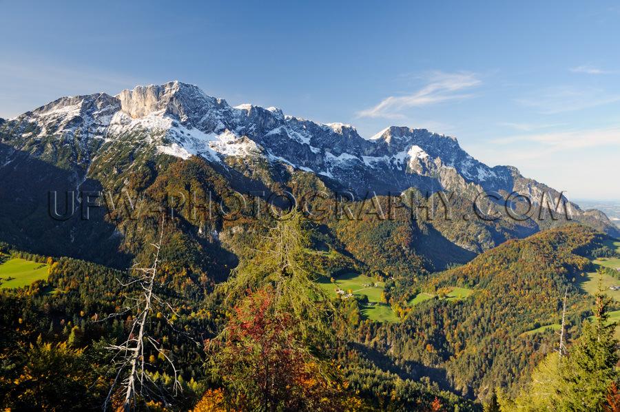 Malerisch Alpental Landschaft Bergrücken Stock Foto