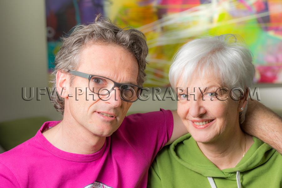 Zufrieden Erwachsen Verheiratet Paar Mann Frau Lässig Schau