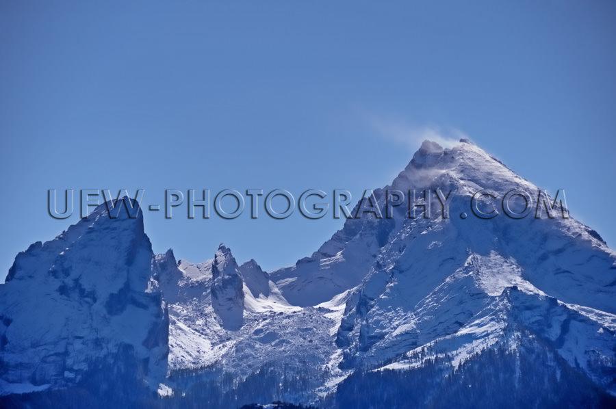 Wunderschön Schneebedeckt Zwei Gipfel Berg Watzmann Blauem Himm